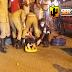 Colisão envolvendo moto e carro deixa mulher gravemente ferida,