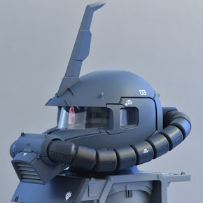 1/35 Black Tri-Star Zaku II Head