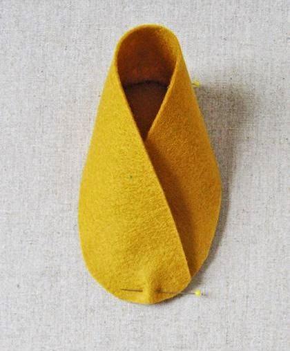 Cara Membuat Kerajinan Tangan Dari Kain Flanel | Sepatu Bayi 4