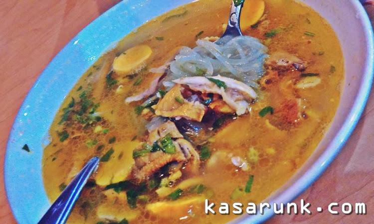 Makan Soto Lamongan di Kota Asalnya