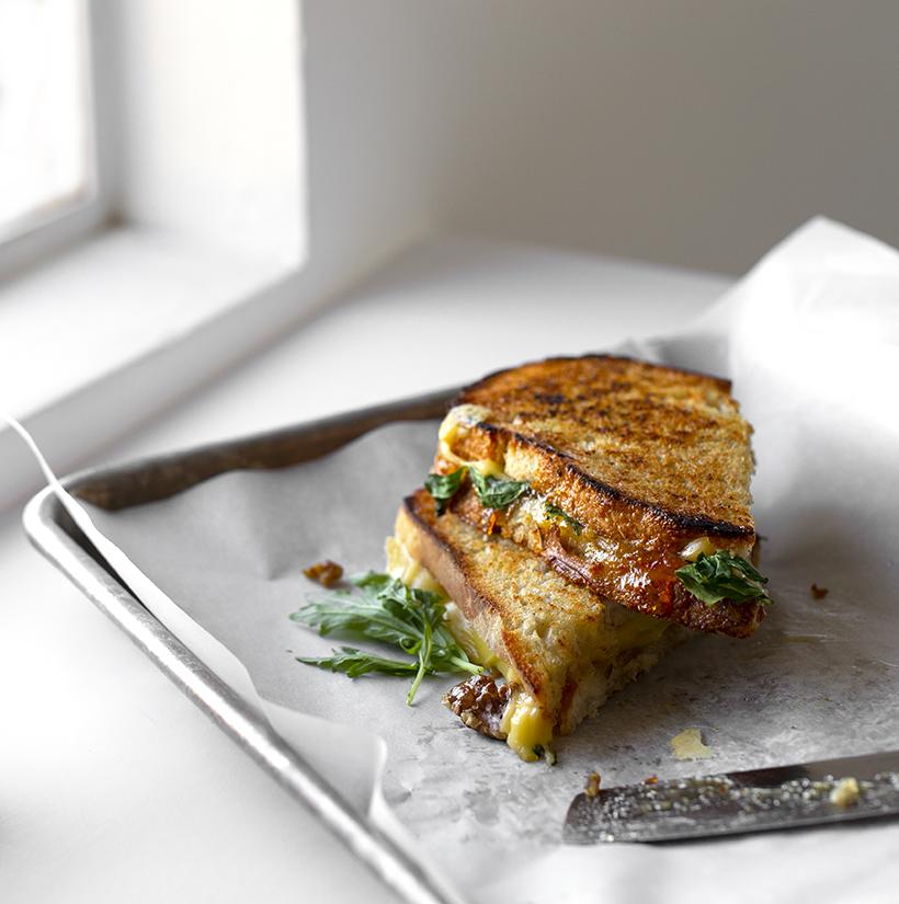 Gouda Marmalade Grilled Cheese Sandwich