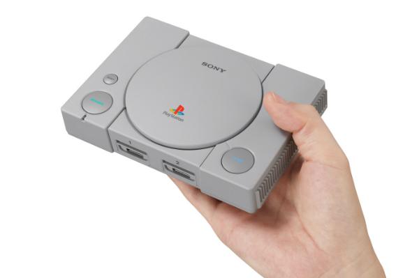 بعد أيام من إطلاقها.. قرصنة PlayStation Classic