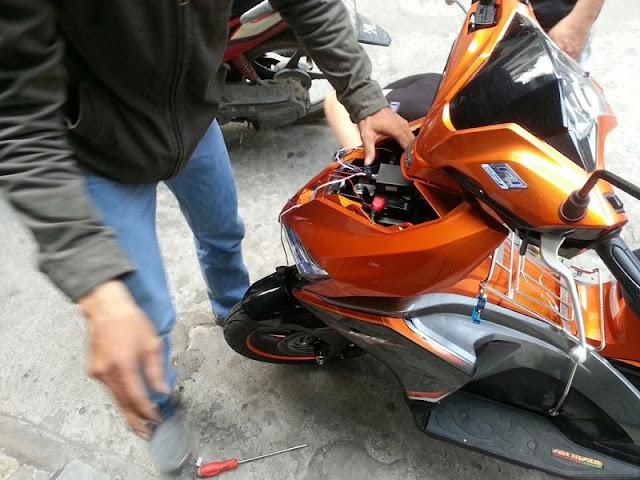 Lắp đặt chống trộm xe máy Honda Air Blade