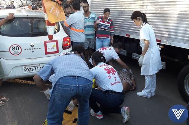 http://vnoticia.com.br/noticia/1696-motociclista-ferida-em-acidente-em-frente-a-praca-sao-francisco-de-paula