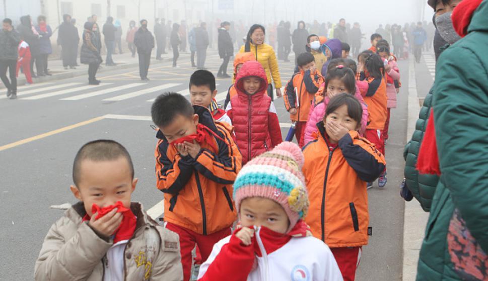 contaminación ambiental niños y niñas