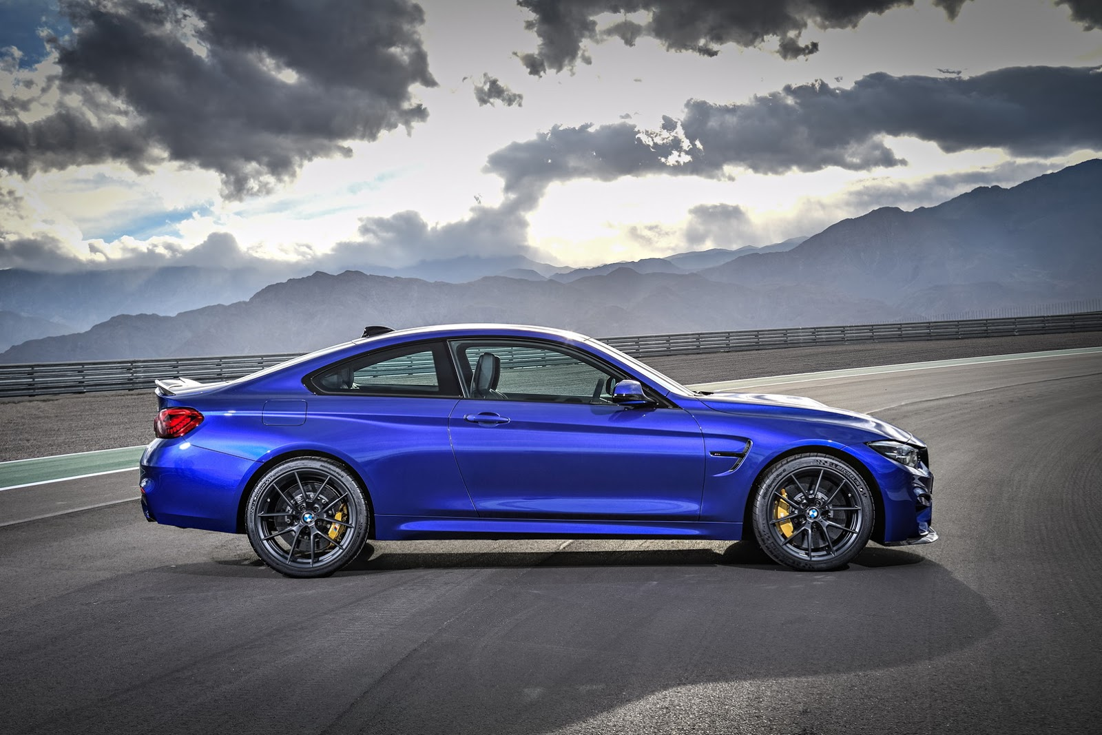 I Convertible >> 454HP BMW M4 CS Slots Below The Mighty GTS | Carscoops