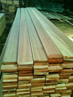 decking kayu bengkirai 1