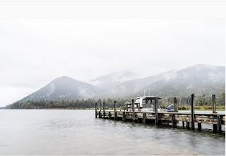 Những hồ nước phủ sương mơ màng khi sang đông 8