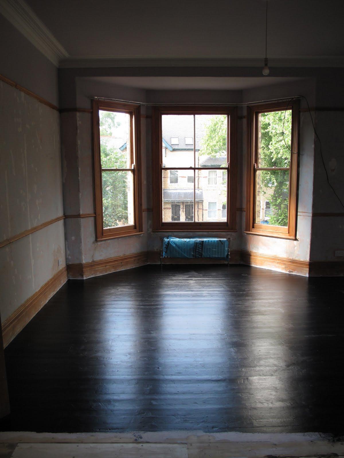 47 Park Avenue Black Painted Floorboards