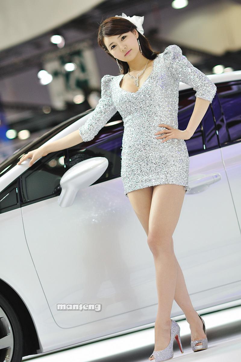 Korean Idols Han Ga Eun Seoul Motor Show Part 1