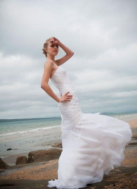 Buy beach wedding dress