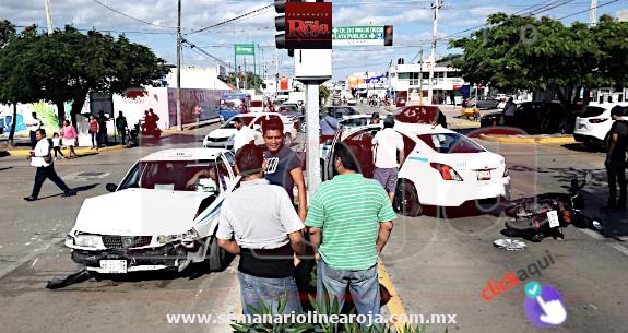 Choque entre taxistas locales dejó un menor lesionado que iba de pasajero