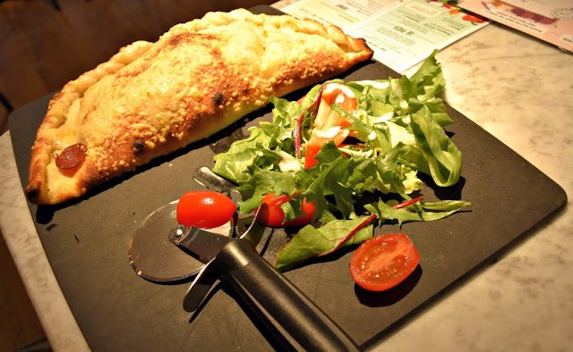 Pizza Express Calzone Classico