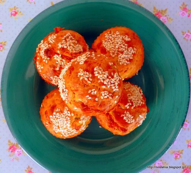 Πεντανόστιμα μάφινς με πορτσίνι κ ζακυνθινό λαδοτύρι