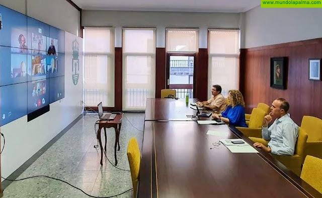 El Cabildo dialoga con el sector hostelero y de la restauración y atiende sus demandas
