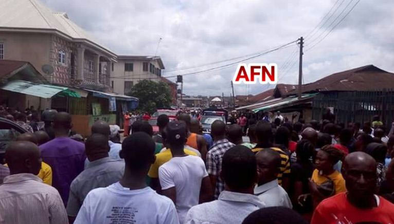 Mammoth crowd gathers as ghost slaps 6 people to death in Umuahia hotel