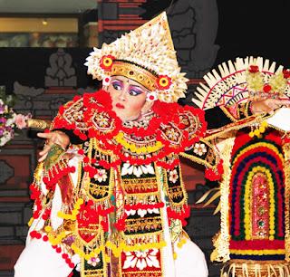 Keunikan-Sejarah-Gerakan-Tari-Baris-Tarian-Tradisional-daerah-Bali