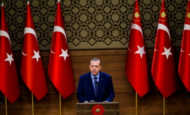 Ο Ερντογάν αμφισβητεί τα σύνορα με την Ελλάδα