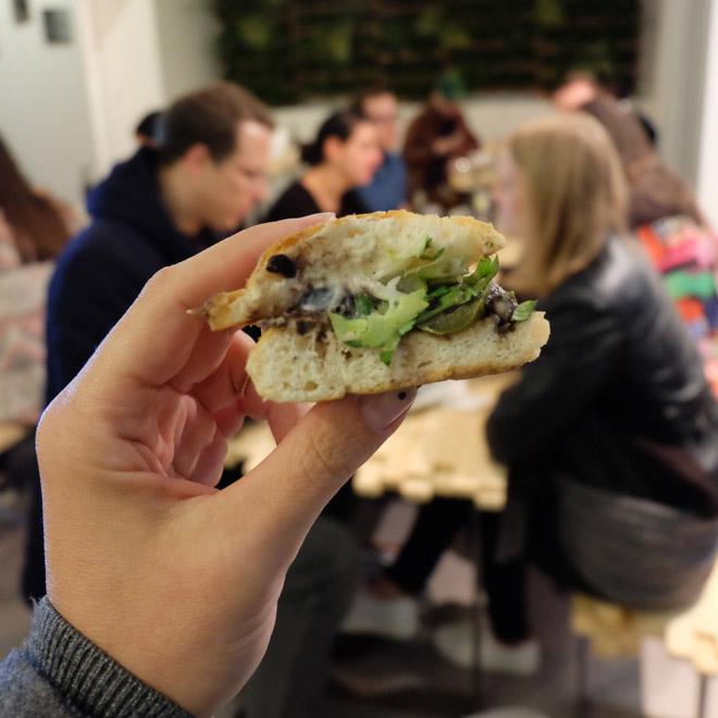 Laden ein, Gastrosharing, Restaurant in Köln, Streetfood, Burger