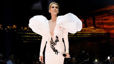 celine-dion-wore-dress-packed-with-tissues
