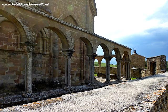 Arcos Iglesia de Sta María de Eunate