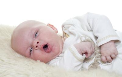 Cara Alami Mengatasi Batuk Pada Bayi Usia 0 Sampai 12 Bulan Keatas