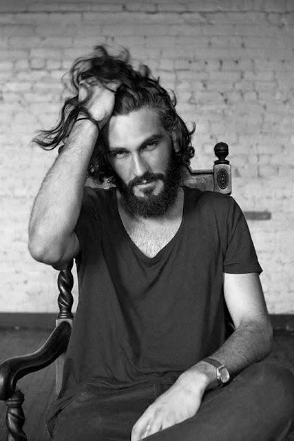 cortes de cabelo masculino ondulados e cacheados longo (5)