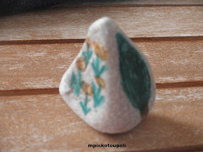 small stones in decoration7