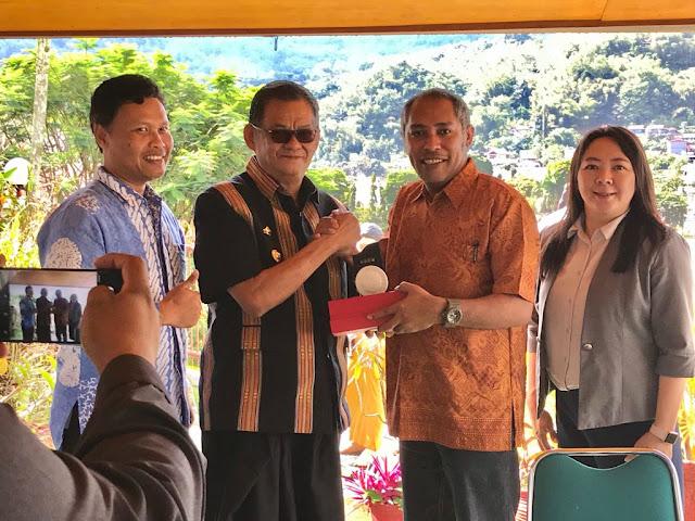 Foto: Mahasiswa Universitas Kristen Satya Wacana Salatiga, Ajak Bupati Tana Toraja Jalin Kerjasama