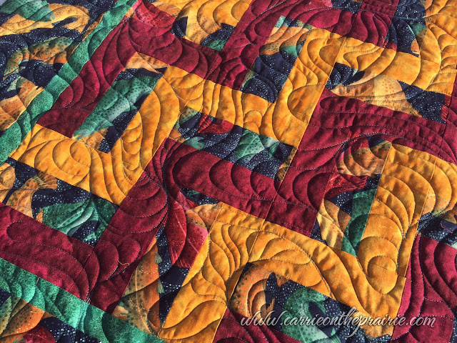 http://carrieontheprairie.blogspot.ca/2016/12/renees-fish-quilt.html