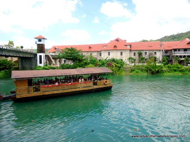 lunch in Loboc River Bohol