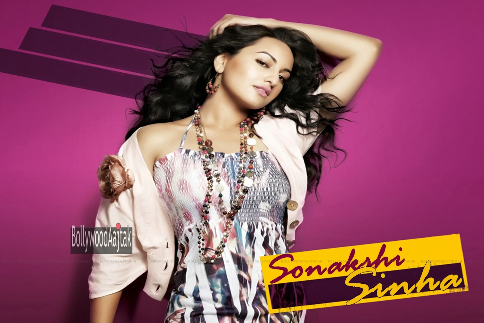 Wallpaper Of Sonakshi Sinha: HQ Hot Wallpapers: Sonakshi Sinha HD Wallpapers