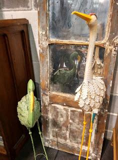 Piezas decorativas del desembalaje de antiguedades de Arriondas
