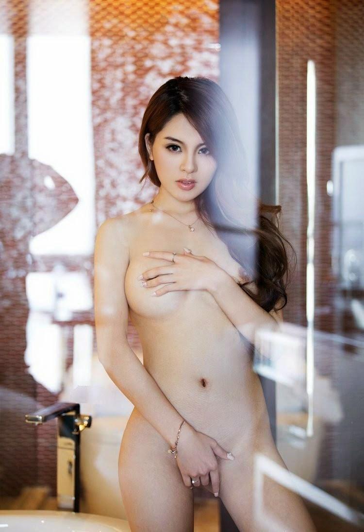 Jenny Lyn Nude Photos