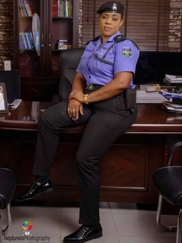 Celebrities: Beautiful Female Police Officer, Dolapo Badmus Pictures