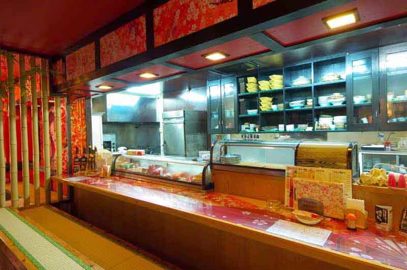 sushi bar, kitchen