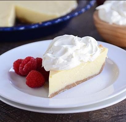 MAGNOLIA LEMON PIE WITH GRAHAM CRACKER CRUST #dessert #whitecream