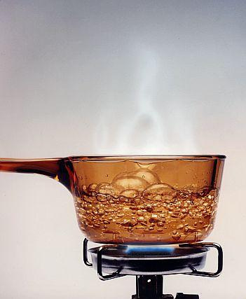 Perbandingan air rebusan dan air kemasan