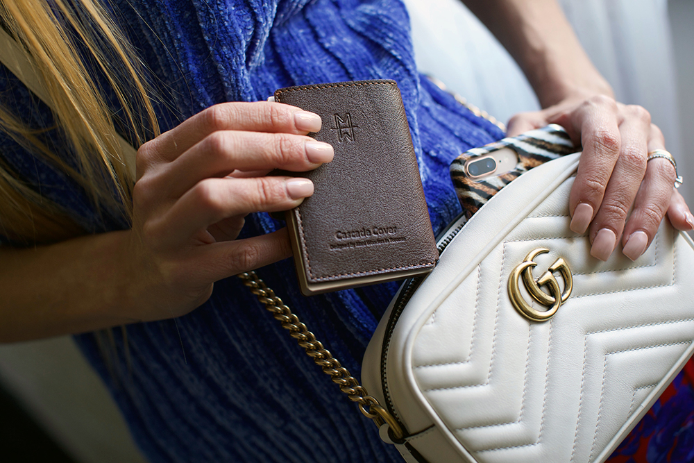 Cascade Wallet Leather Cover