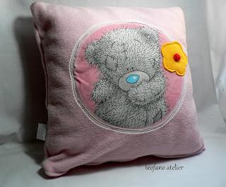 Misie na poduszkach