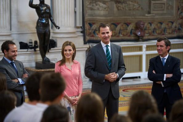 Queen Letizia wore Hugo Boss skirt and blouse