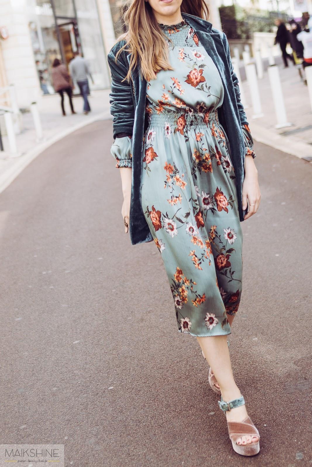 Look vestido midi flores