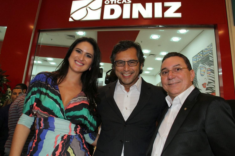 92f5a7556c627 F shion Tour Brasil  Ótica Diniz chega ao JK Shopping