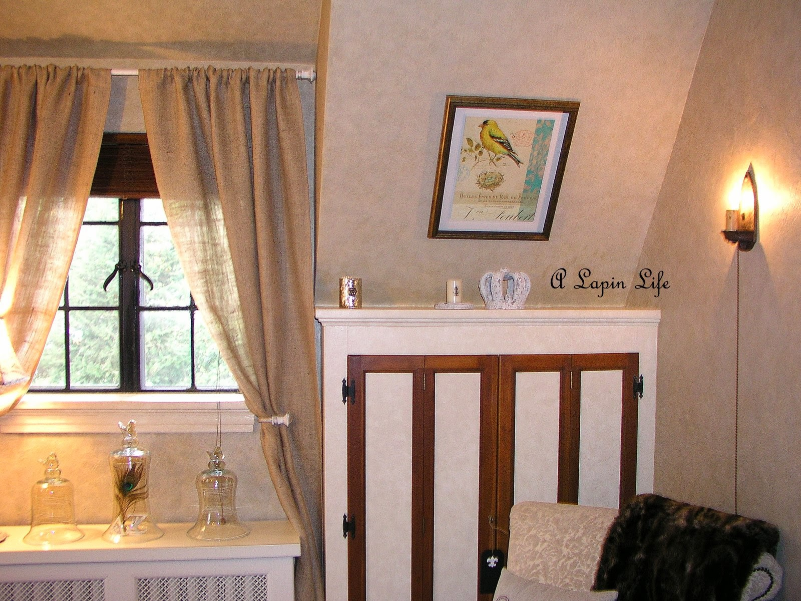 a lapin life how to decorate slanted walls. Black Bedroom Furniture Sets. Home Design Ideas