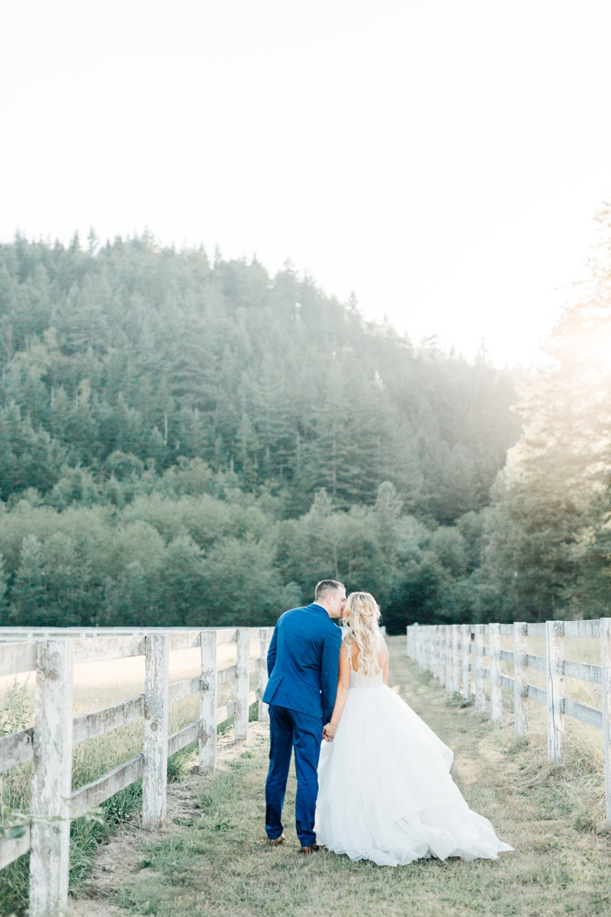 Romantic Rein Fire Ranch Wedding-PNW Wedding Photographers-Something Minted Photography