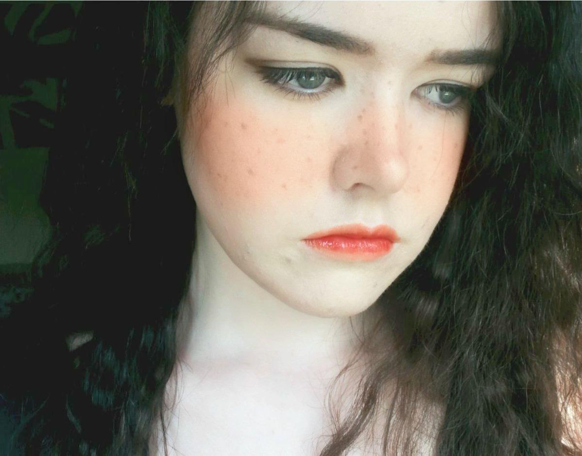 Hyuna u0026#39;365 Freshu0026#39; Makeup Freckle Inspired Look - Lotteu0026#39;s ...