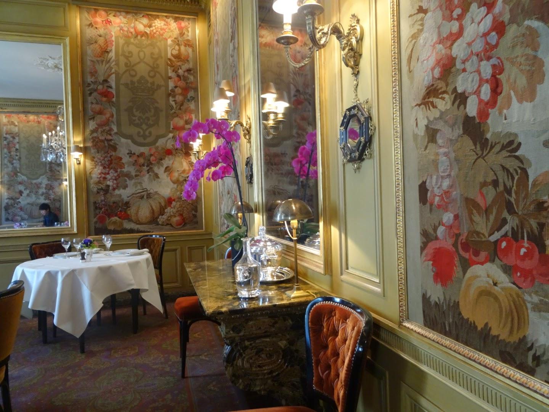 Intérieur restaurant l'Ambroisie Paris 4 ème.