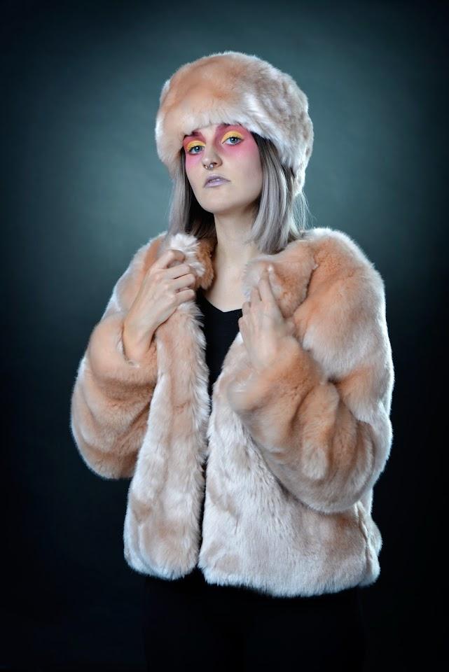 Aline's Fashion │ Créatrice de fausses fourrures
