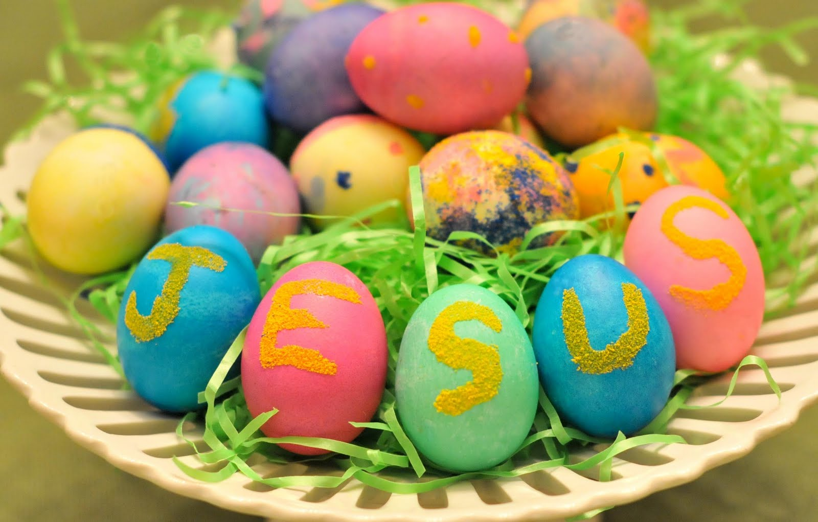 Perfect Imperfection: Christian History of Egg Dying Easter Eggs Jesus