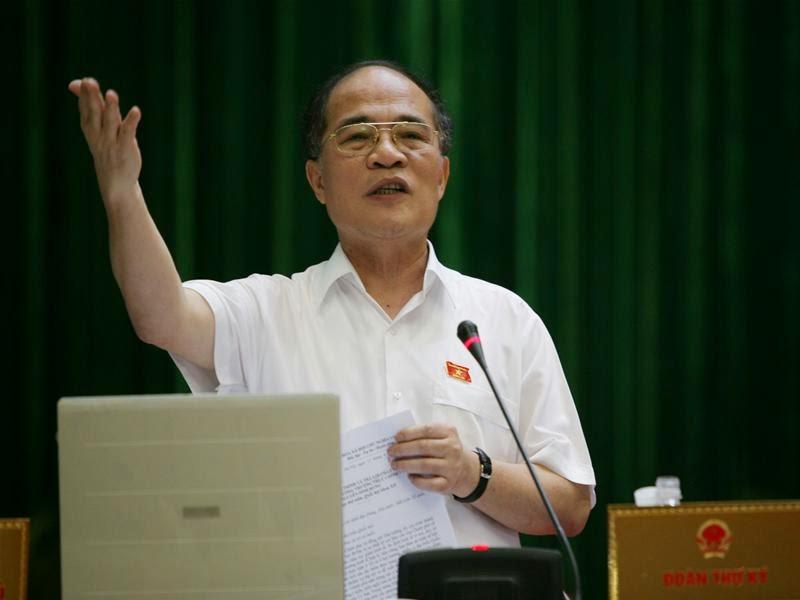 Những tuyên bố vô tiền khoáng hậu của Chủ tịch Quốc hội Nguyễn Sinh Hùng